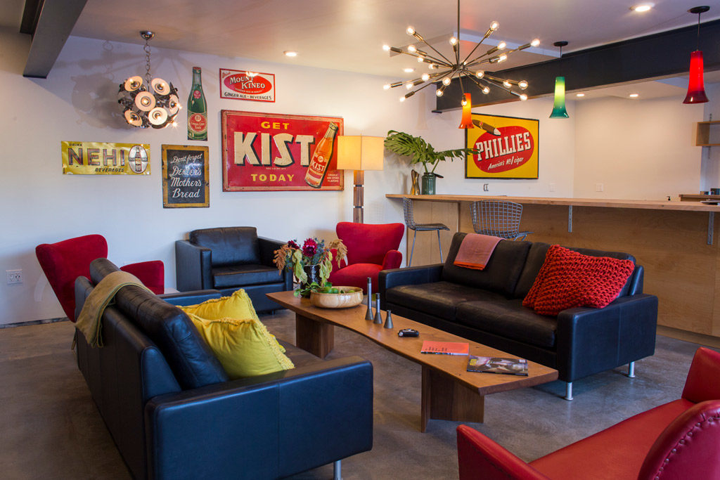 The Astro Lounge